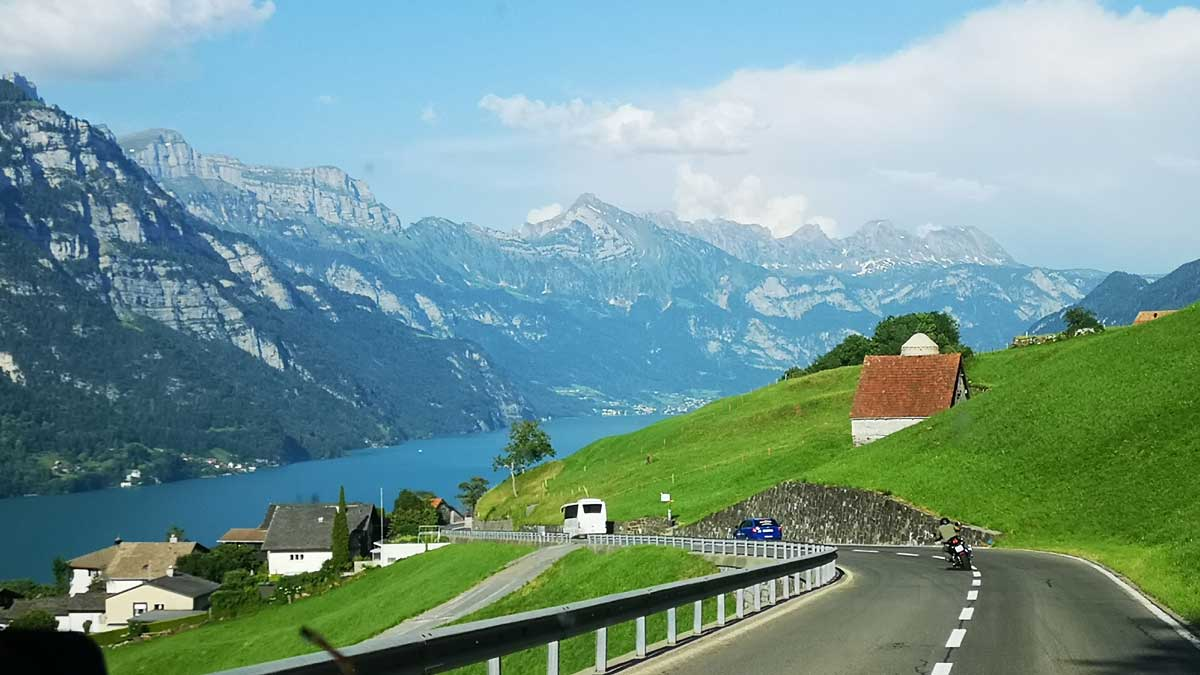 Incentive Sportwagentour Ferrariland Lago d