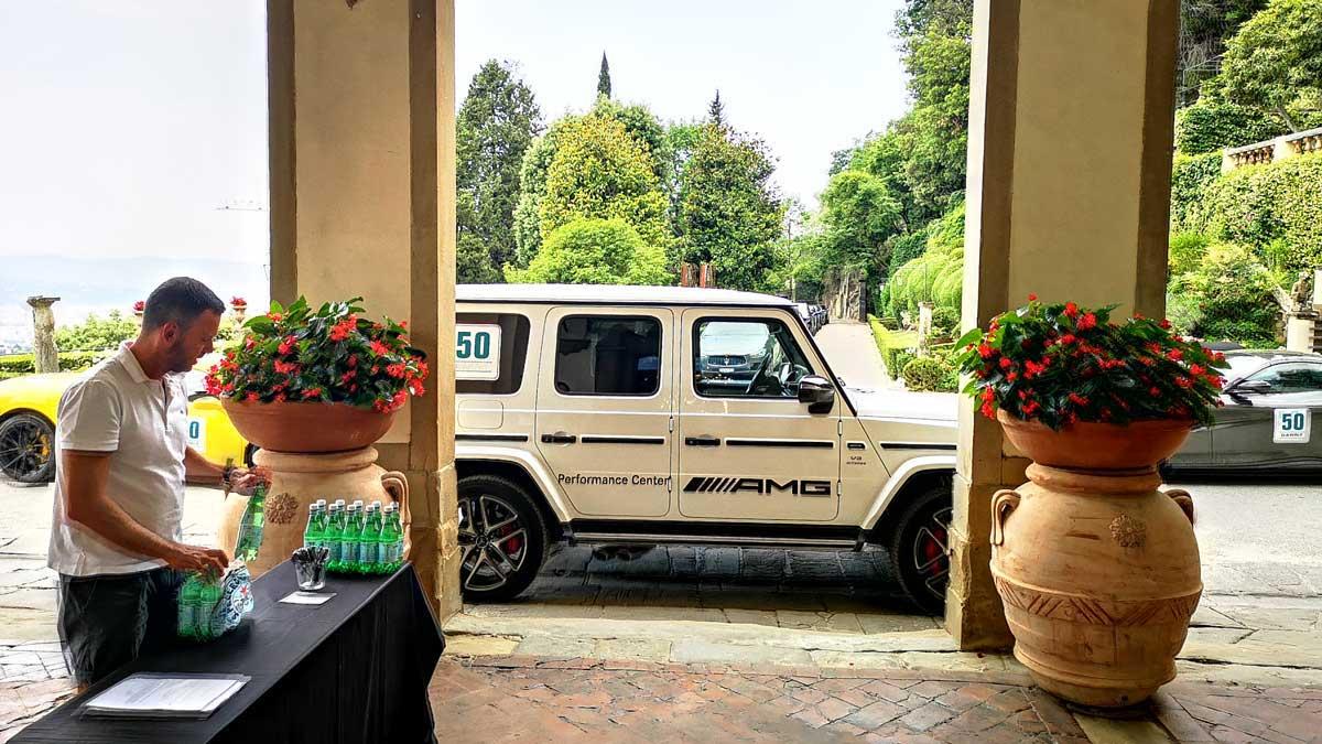 Incentive Sports Car Tour Ferrariland Mercedes-AMG in front of Hotel Belmond Villa San Michele