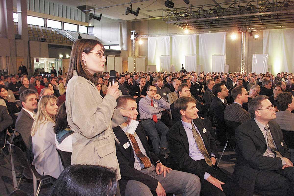 World wide kick-off Bosch BeQIK, conference part